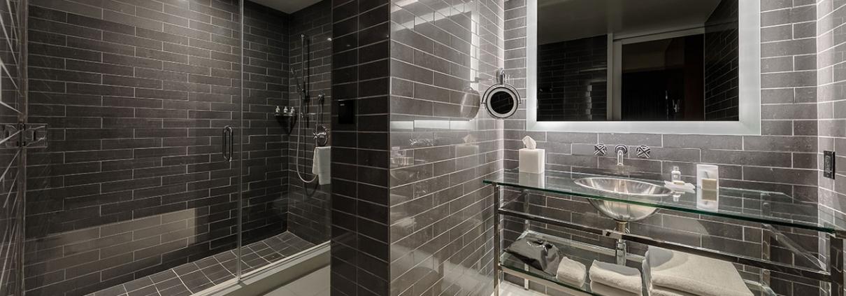 SANAS_P108 Andaz Suite Bathroom